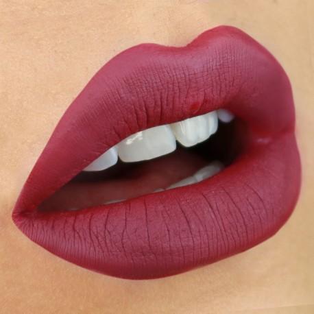 liquid-lipstick-leila-nouveau-cosmetics